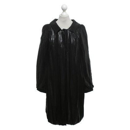 Alberta Ferretti Shiny coat in black