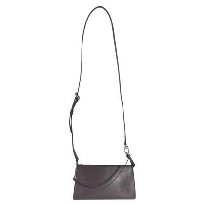 "Louis Vuitton ""Pochette Accessoires Epi Leder"" in Braun"