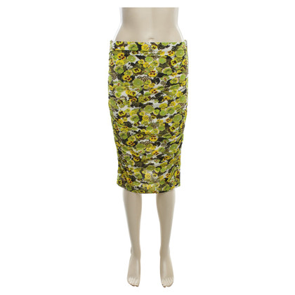 Marc Cain Elastic skirt in color