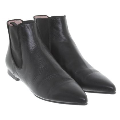 Pretty Ballerinas Boots in Black