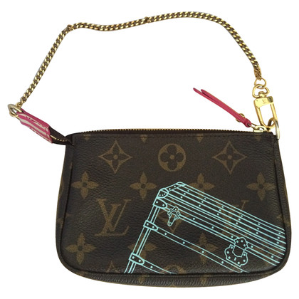 Louis Vuitton accessory pouch