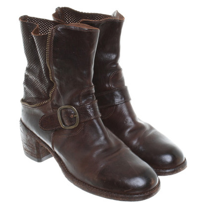 Officine Creative Leather ankle boots in Brown