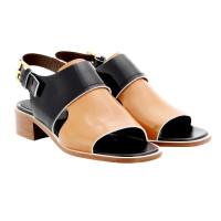 Mani Patent leather sandal