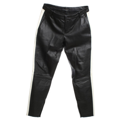 Set Leather pants in black