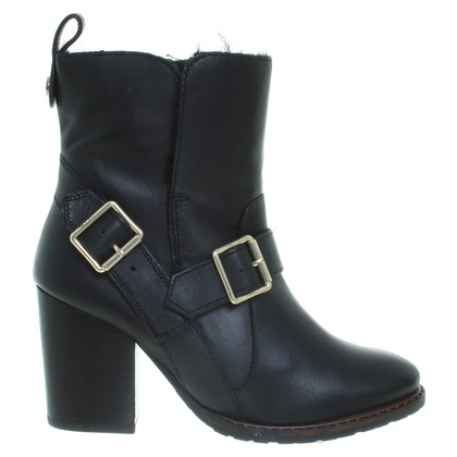Kurt Geiger Leather ankle boots in black