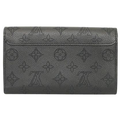 "Louis Vuitton ""Iris Monogram Mahina"""