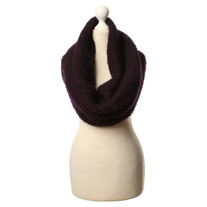 Hugo Boss Wool scarf in purple