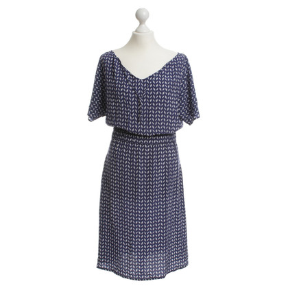Kilian Kerner Blue dress with a white pattern