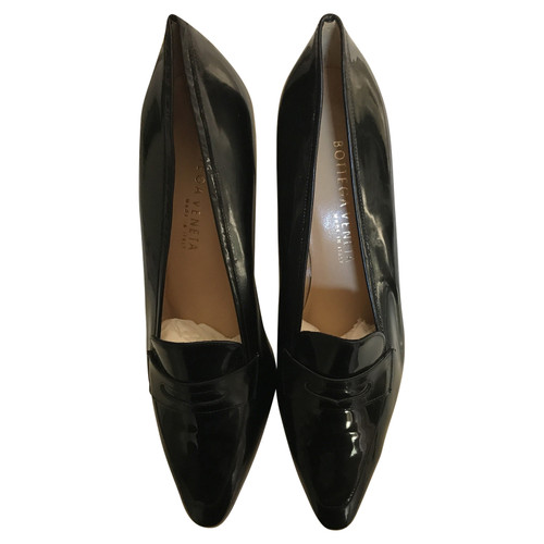 1508c23faddc Bottega Veneta Slippers Ballerinas Patent leather in Black - Second ...