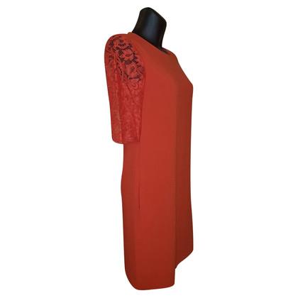 Iris & Ink Elegante jurk met kant