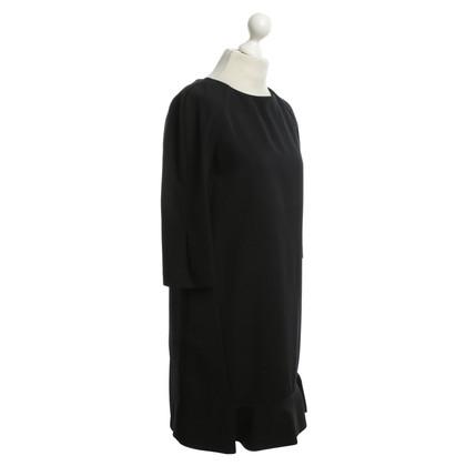 Marni Kleid mit Volants in Schwarz