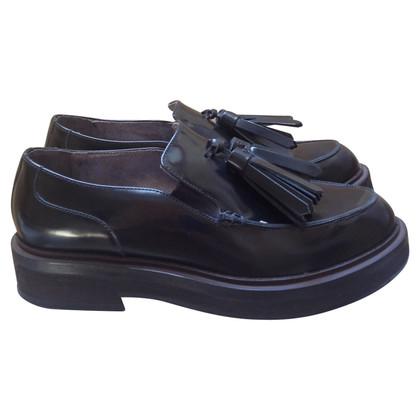 Brunello Cucinelli Loafer aus Lackleder