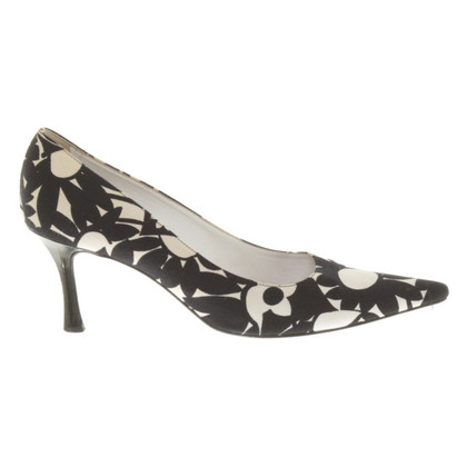Marc Cain pumps with floral pattern