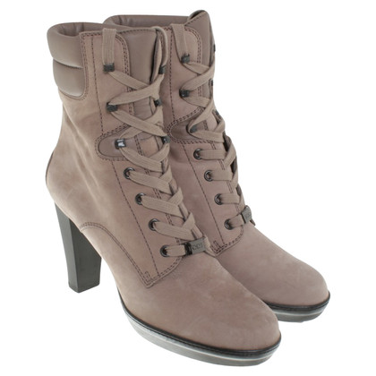 Tod's Ankle boots in taupe