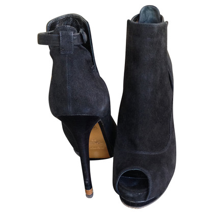 Fendi Ankle boots suede