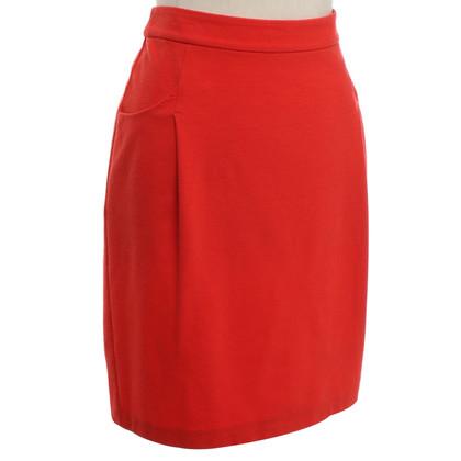 Strenesse Blue skirt in red