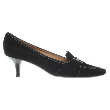 Prada Wildlederpumps in Schwarz