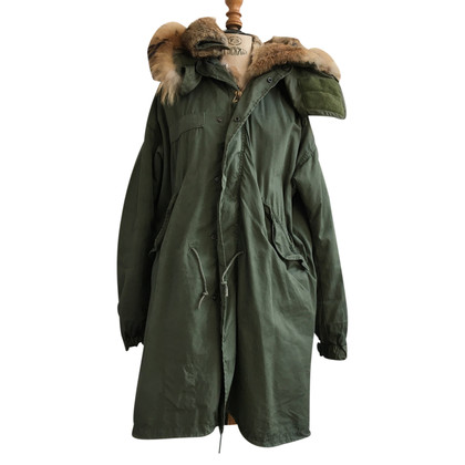Barbed Parka with fur collar