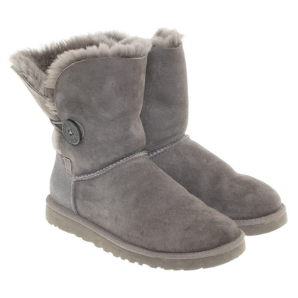 Ugg Boots in grey