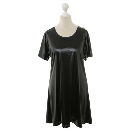 Issey Miyake Dress in LaTeX-