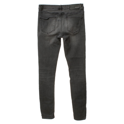 BLK DNM Jeans in grey