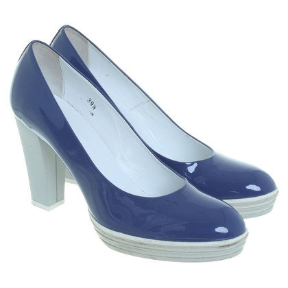 Hogan pumps blue patent leather
