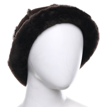 UGG Australia Lambskin hat in dark brown