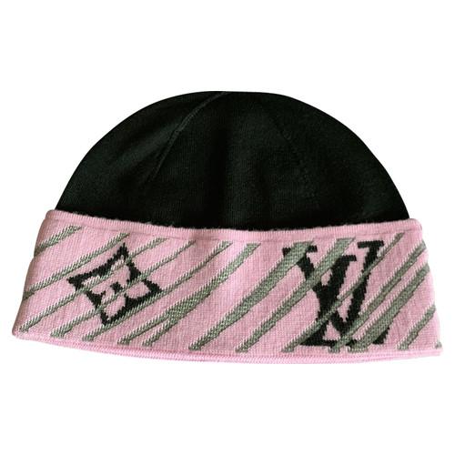 5be08d2e560f0 Louis Vuitton Hat Cap Wool - Second Hand Louis Vuitton Hat Cap Wool ...