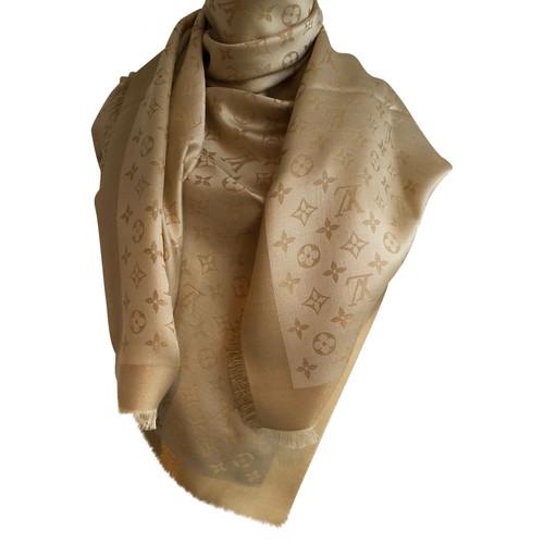 11f6cfa83b174 Louis Vuitton Monogram Tuch Silk in Gold - Second Hand Louis Vuitton ...