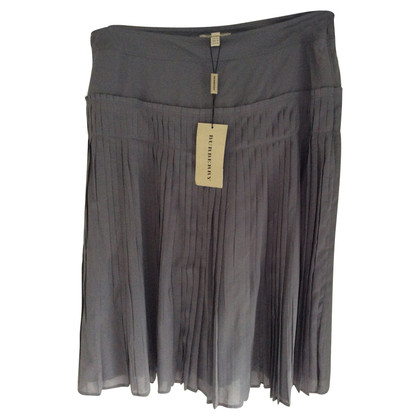 Burberry Silk skirt