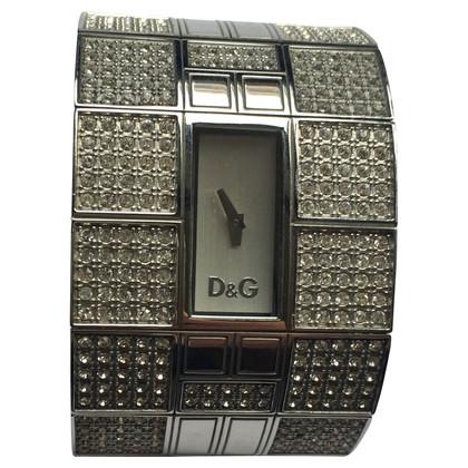 D&G Clock