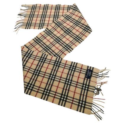 Burberry Scarf with Nova check pattern