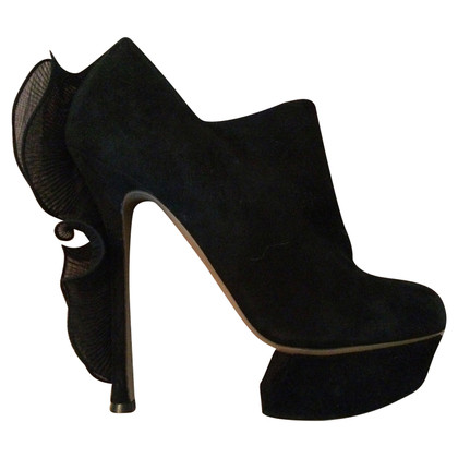 Nicholas Kirkwood Black High Heels