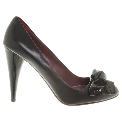 Miu Miu pumps in nero