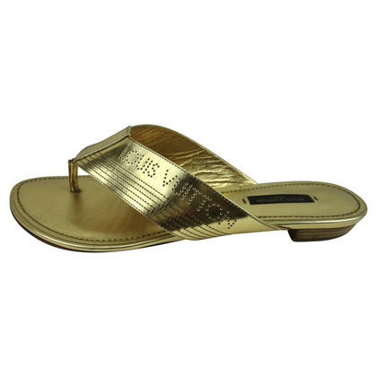 Louis Vuitton Sandals in goud