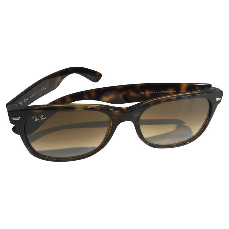 ray ban sunglasses new wayfarer  Ray Ban RAY BAN SUNGLASSES NEW WAYFARER - Buy Second hand Ray Ban ...