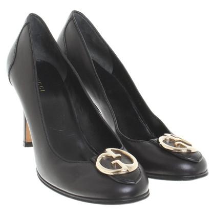 Gucci pumps in black