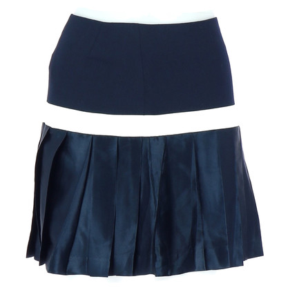 Tara Jarmon skirt in navy look