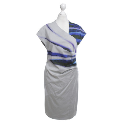 Odeeh Dress with abstract pattern