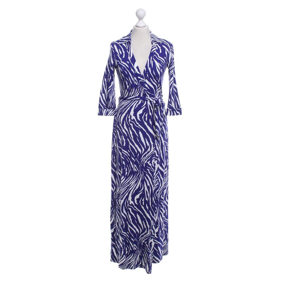 diane von furstenberg robe portefeuille en blanc violet acheter diane von furstenberg robe. Black Bedroom Furniture Sets. Home Design Ideas