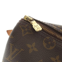 Louis Vuitton Travel bag made of monogram canvas