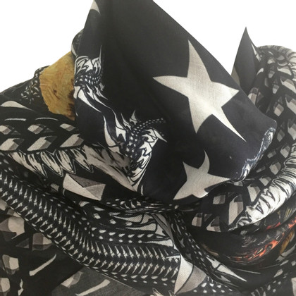 Givenchy Cloth with print