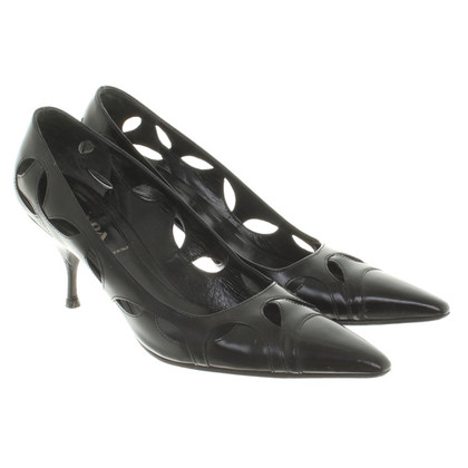 Prada pumps in black