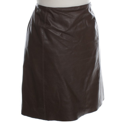 Max Mara Leather skirt in Brown