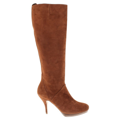 Pura Lopez Boots in brown
