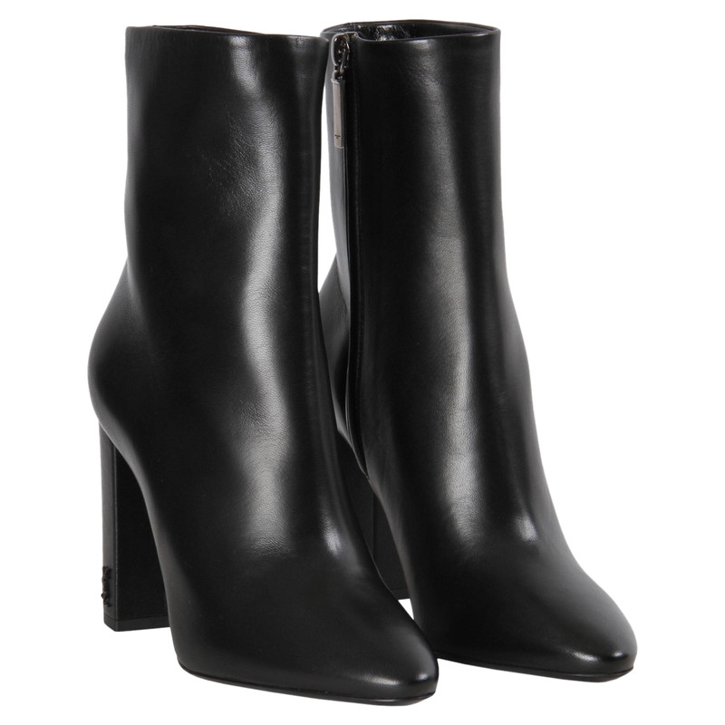 Saint Laurent Ankle boots Leather in