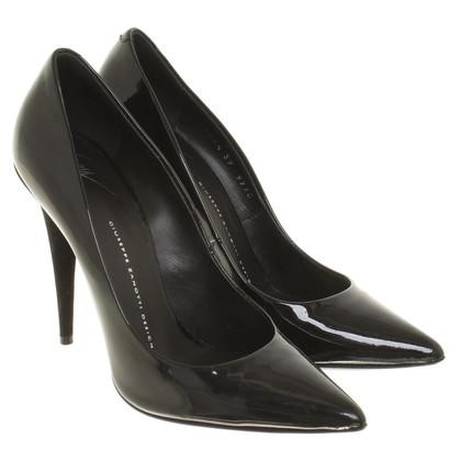 Giuseppe Zanotti pumps in black