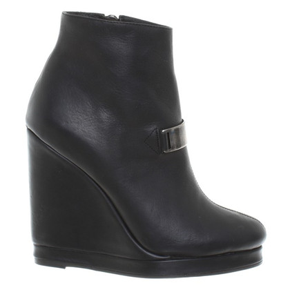 Damir Doma  Ankle boots with wedge heel