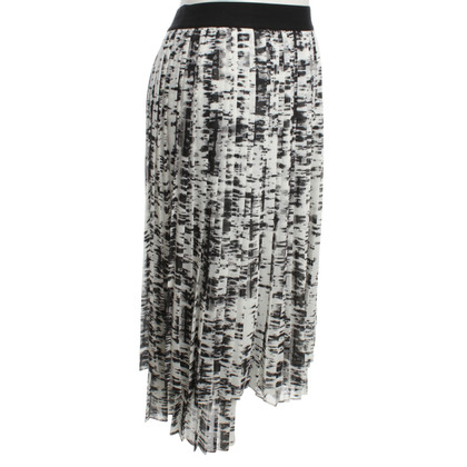 Escada Folding skirt with pattern