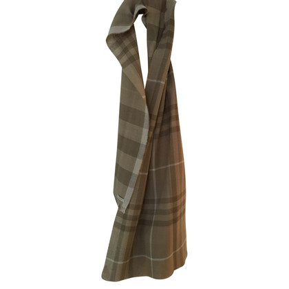 Burberry Scarf in warm shades of brown
